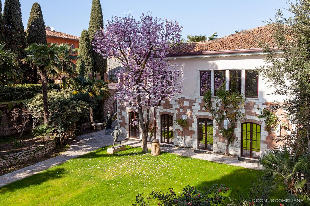 Giardino inferiore domuscomelianadomuscomeliana - Ingresso giardino ...